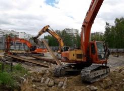 Одновременная работа трёх вибропогружателей на Байконурской