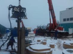 Junttan 25JV работает с автокраном г/п 50 тн