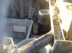 Монтаж и демонтаж шпунтового ограждения под строительство сборной железобетонной камеры теплотрассы