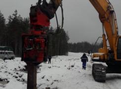 Устройство ограждения траншеи для прокладки газовой трубы в условиях пересечения Северного газопровода 1 и 2